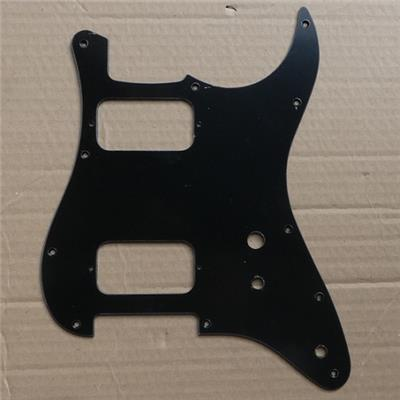 PICKGUARD STRAT HH TOGGLE SWITCH NOIR MAT 1 PLI