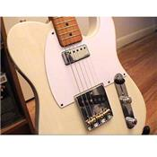 PICKGUARD TELE MINI HUMBUCKER BLANC 5 TROUS 1 PLI